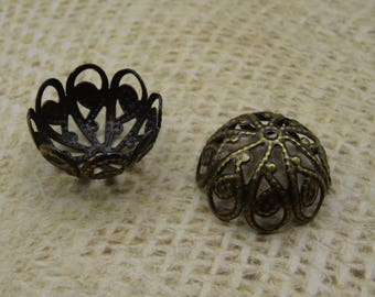 6 large 20mm bronze metal filigree cups
