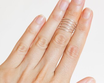 Silver knuckle ring. boho midi ring. midi rings. adjustable ring. beach wedding jewelry. beach accessories. boho chic accessories.