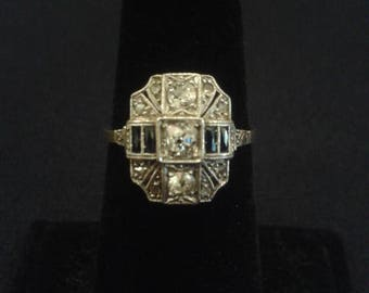 Edwardian ring with diamonds and sapphires in platinum and 18K yellow gold