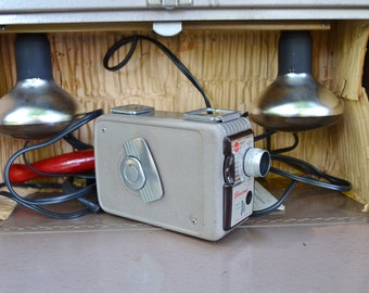 BROWNIE MOVIE CAMERA and Lights in Box