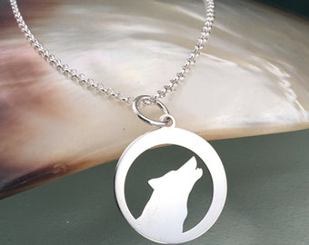 Silver necklace, wolf necklace, sterling silver necklace, animal necklace, charm necklace, delicate necklace, dainty necklace, wolf necklace
