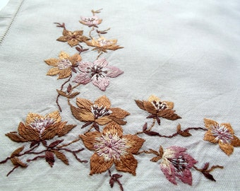 Vintage Table Scarf- white linen with beautiful autumn colour flowers