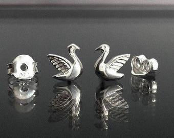 925 Solid Sterling Silver SWAN Earrings/Stud Earrings/Oxidized/SWAN Stud
