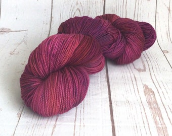 Hand Dyed, Superwash, Merino, Yarn, Wool, Sock,  High Twist, 365m/100g, ilovepinkgeraniums