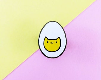 Hardy the Hard Boiled Egg Cat Enamel Pin - Cute Cats and Food