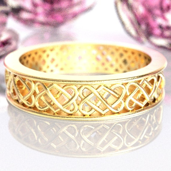 Gold Celtic Wedding Ring With Heart Knotwork Design in 10K 14K 18K or Palladium, Made in Your Size Cr-1034