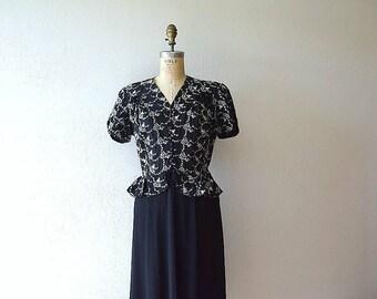 Vintage 1940s dress . embroidered novelty dress