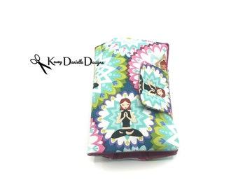 Yoga Feminine Product Travel Case / Yogi Tampon and Pad Holder / Sanitary Napkin Storage / Time of the Month / Menstural Product Organizer