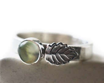 Silver Leaf Ring, 5mm Natural Green Prehnite Gemstone, Engraved Nature Inspired Boho Crystal Jewelry, Personalised Sterling Band