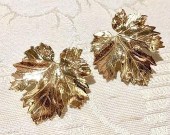 VINTAGE SPHINX - leaf pierced earrings