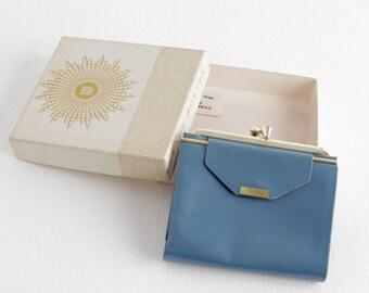 Vintage Lady Buxton Blue Leather Wallet, Ladies Wallet, Kiss Clasp