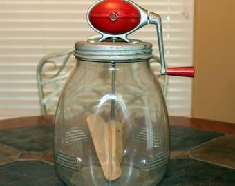 Vintage DAZEY butter churn No. 8