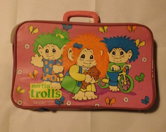 Vintage Trolls pink Overnight Suitcase excellent condition