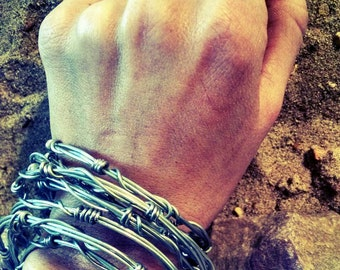 Wire fence stackable bracelets