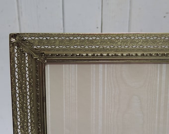 Ordinaire Ornate 8 X 10 Filigree Brass Picture Frame Easel Back Photo Frame