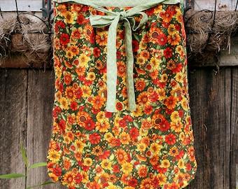 Gathering Apron   Harvest Apron   Garden Apron   Pocket Apron   Basket Apron   Orange Waistband