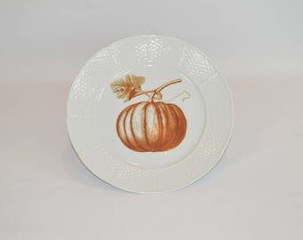 "Lauryn 10"" Dinner Plate (shown with image # f83 - shown with Pumpkin)"