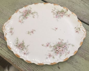 Gorgeous Antique Theodore Haviland Limoges France oval serving platter// Limoges Flowers Pattern// Gold Rim// Scalloped