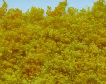 Hand-dyed golden lemon/yellow wool nepps