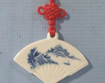 Vintage hand painted blue & white porcelain pendant necklace landscape motif
