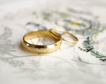Hammered Gold Wedding Band Set- Wedding Ring Set 14k Gold- Hammered Recycled Gold His and Hers Wedding Band Set