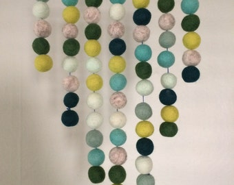 Felt Ball Wall Hanging - Green
