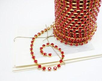 Gold Rhinestone Chain, Siam Red Crystal Trim, (6mm / 1 Yard Qty)