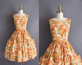 vintage 1950s Summer Fruit novelty print cotton full skirt dress Small 50s Fruit print sun dress