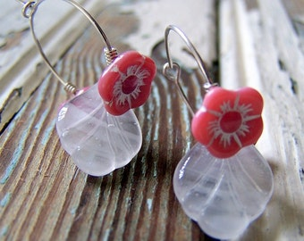 Pink and White Flower Earrings - Vintage Pink and White Flower and Leaf Glass Beads