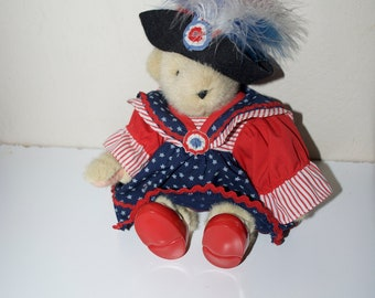 Muffy Vanderbear Yankee Doodle USA America Fourth of July