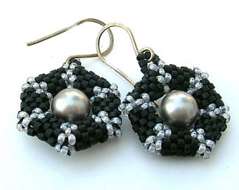 Black Earrings, Peyote Pearl Earrings, Black and Gray Earrings, Hexagon Earrings, Dressy Jewelry,