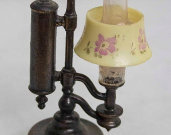 Pencil Sharpener - Oil Lamp - Kerosene Lamp with Floral Shade