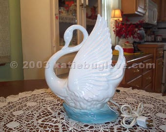 Maddux White Swan with Blue Base