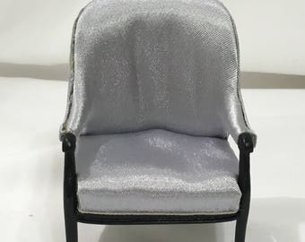 "Dollhouse Miniature 1"" Scale Bespaq Chair (JC)"