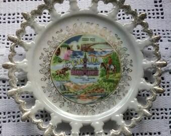 Canada Souvenir Plate, Giftcraft Canada Plate, Canadiana Souvenir, 1960s Wall Plate, Retro Canada Ceramic Plate, Retro Home Decor, Canada