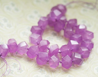 Lilac Quartz Smooth Center Drilled Nuggets 7 Inch Strand 14-16mm