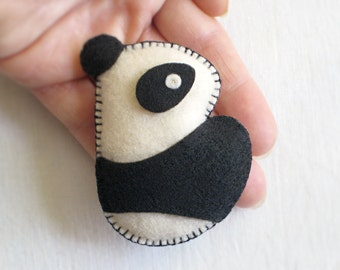 Cuddly ECO-FELT PANDA Bear: Pin, Ornament, Accessory, Soft Sculpture & Toy stuffed with Organic Cotton, Vegan [Ours Broche, Oso Peluche]