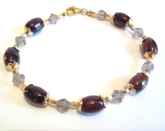 Dark Brown and Gold Bead Bracelet, Smokey Gray Faceted Crystals, Handmade Beaded Jewelry, Crystal Bracelet, Office Business Attire