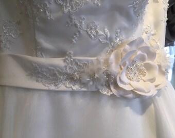Beautiful floral bridal sash, bridal belt, bridal sash, wedding sash, floral belt, floral bridal belt, floral sash, wedding dress belt, sash