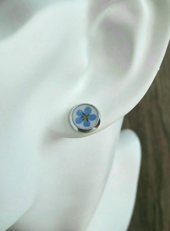 Blue earring studs nature jewelry silver Real pressed flower Forget-me-not resin earrings Something blue Dainty bridesmaid jewelry myosotis