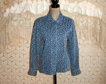Womens Vintage Denim Shirt Medium Blue Floral Casual Long Sleeve Blouse Button Up Pleats Cotton Country Boho Womens Clothing