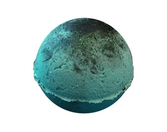 Forest Maiden Bath Bomb - 4oz -  Fall Leaves, Trees, Berries