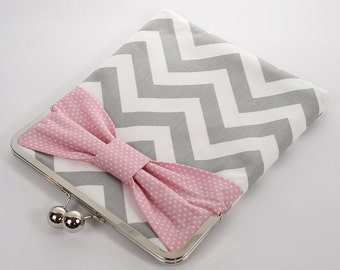 Kindle Cover Padded, Kindle Case, Nook Cover , Ereader Case, Custom Sleeve in Gray Chevron  and Pink Polka Dots