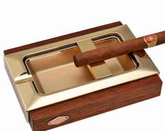 Luxurious cigar ashtray well finished