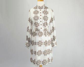 Vintage 1970's Novelty Print Dress White Stripes and Brown Flowers Mini Dress Fall Long Sleeve Shirtwaist Beauty