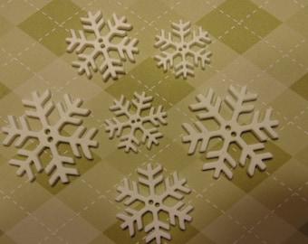 6 piece large flat snowflake button mix, 25-40 mm (1)