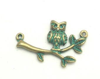 Connector OWL on a branch in bronze and verdigris 29x20mm
