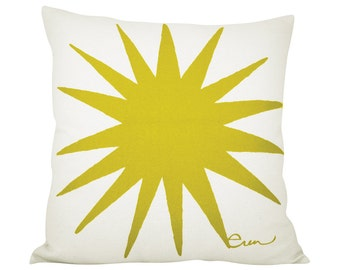 Starburst 20in Pillow in Golden Rod