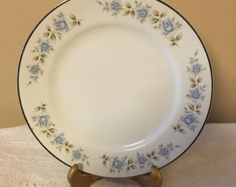 Lennold Fine China Rhapsody Pattern 1812 Dinner Plate