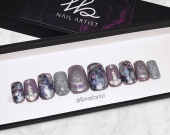 PRESS-ON NAILS Out of the shell | Reusable | False Nails | Fake Nails | Glue-on | Grey | Silver | Glitters | Shell | Holographic | Pearl